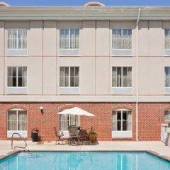 Отель Holiday Inn Express Vicksburg бассейн фото 3