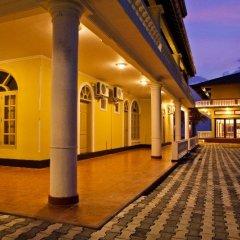 Отель Cocoon Sea Resort Шри-Ланка, Косгода - отзывы, цены и фото номеров - забронировать отель Cocoon Sea Resort онлайн вестибюль