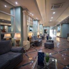 Отель 115 The Strand Suites интерьер отеля