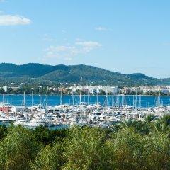 Отель The Red by Ibiza Feeling пляж фото 2