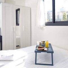 Отель Renovated & Sunny Apt W 3BR 3 Bathrooms Тель-Авив комната для гостей фото 2