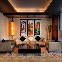 Отель Four Points by Sheraton New Delhi, Airport Highway интерьер отеля