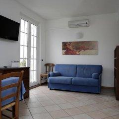 Отель Residence Antico Crotto Порлецца комната для гостей