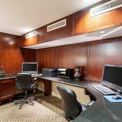 Отель Arlington Court Suites Hotel США, Арлингтон - отзывы, цены и фото номеров - забронировать отель Arlington Court Suites Hotel онлайн интерьер отеля фото 3