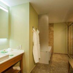 Отель Grand Resort Jermuk Армения, Джермук - 2 отзыва об отеле, цены и фото номеров - забронировать отель Grand Resort Jermuk онлайн ванная