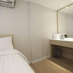 Отель Sleepy Panda Stream Walk Южная Корея, Сеул - отзывы, цены и фото номеров - забронировать отель Sleepy Panda Stream Walk онлайн удобства в номере фото 2