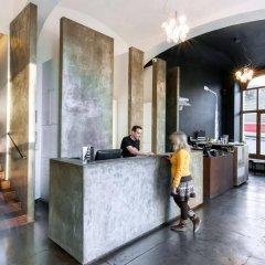 Отель Czech Inn Hostel Чехия, Прага - 7 отзывов об отеле, цены и фото номеров - забронировать отель Czech Inn Hostel онлайн интерьер отеля фото 3