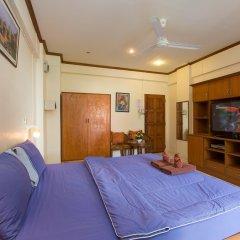 Апартаменты Patong Studio Apartments комната для гостей фото 5
