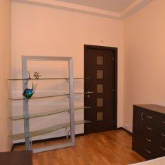 Апартаменты Lakshmi Lux Apartment Arbat Modern сейф в номере