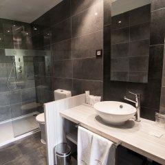 Отель Petit Palace Santa Barbara Мадрид ванная фото 2