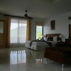 Отель Baan Chayna Resort Пхукет комната для гостей