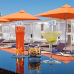 Отель Hampton Inn & Suites by Hilton Los Cabos бассейн