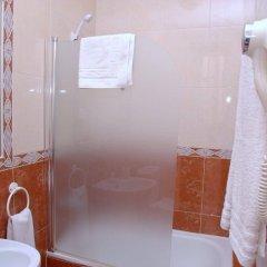 Отель Hostal Los Montes ванная фото 2