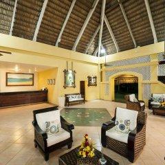 Отель Casa Marina Beach & Reef All Inclusive интерьер отеля фото 2