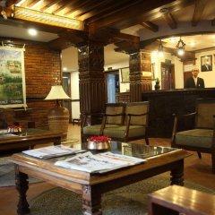 Отель Kantipur Temple House Непал, Катманду - 1 отзыв об отеле, цены и фото номеров - забронировать отель Kantipur Temple House онлайн интерьер отеля фото 3