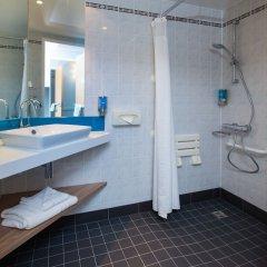 Отель Holiday Inn Express Bath ванная фото 2