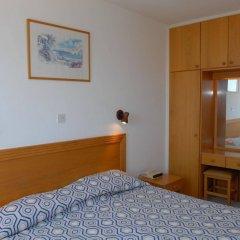 Отель Maistros Hotel Apartments Кипр, Протарас - отзывы, цены и фото номеров - забронировать отель Maistros Hotel Apartments онлайн сейф в номере
