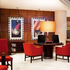 Отель Sheraton Jumeirah Beach Resort гостиничный бар