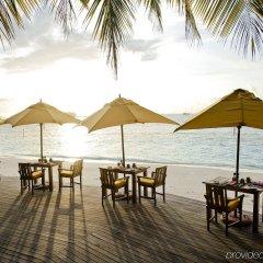 Отель Angsana Ihuru – All Inclusive SELECT Мальдивы, Атолл Каафу - 1 отзыв об отеле, цены и фото номеров - забронировать отель Angsana Ihuru – All Inclusive SELECT онлайн пляж