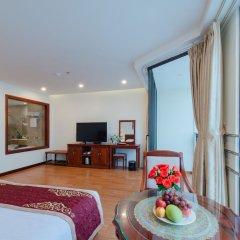 Отель Red Sun Nha Trang Hotel Вьетнам, Нячанг - отзывы, цены и фото номеров - забронировать отель Red Sun Nha Trang Hotel онлайн балкон