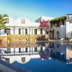 Отель Mathios Village Греция, Остров Санторини - отзывы, цены и фото номеров - забронировать отель Mathios Village онлайн бассейн фото 3