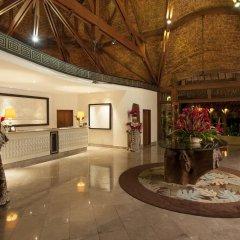 Отель The St Regis Bora Bora Resort Французская Полинезия, Бора-Бора - отзывы, цены и фото номеров - забронировать отель The St Regis Bora Bora Resort онлайн интерьер отеля фото 2