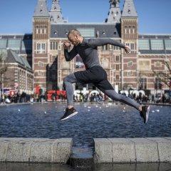 Отель W Amsterdam спортивное сооружение