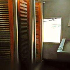 Отель The Twins Hostel Таиланд, Бангкок - отзывы, цены и фото номеров - забронировать отель The Twins Hostel онлайн ванная фото 2