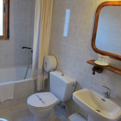 Hotel Restaurante El Lago ванная
