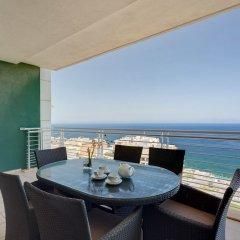 Отель Seaview 3BR Apart inc Pool, Fort Cambridge Sliema Мальта, Слима - отзывы, цены и фото номеров - забронировать отель Seaview 3BR Apart inc Pool, Fort Cambridge Sliema онлайн балкон
