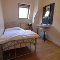 Отель Barkston Rooms Earl's Court (formerly Londonears Hostel) Великобритания, Лондон - 5 отзывов об отеле, цены и фото номеров - забронировать отель Barkston Rooms Earl's Court (formerly Londonears Hostel) онлайн комната для гостей фото 2