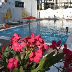 Отель KAPRI бассейн фото 3