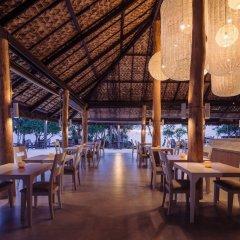 Отель Moonlight Exotic Bay Resort гостиничный бар