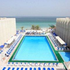 Отель Beach Hotel Sharjah ОАЭ, Шарджа - 8 отзывов об отеле, цены и фото номеров - забронировать отель Beach Hotel Sharjah онлайн бассейн фото 3