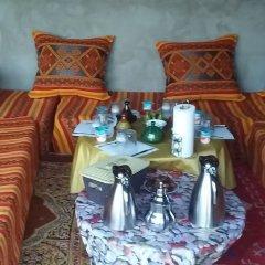 Отель Chez Family Bidouin Merzouga Марокко, Мерзуга - отзывы, цены и фото номеров - забронировать отель Chez Family Bidouin Merzouga онлайн интерьер отеля фото 2