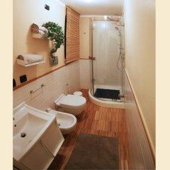 Отель L'attico - Guest House Конверсано ванная фото 2
