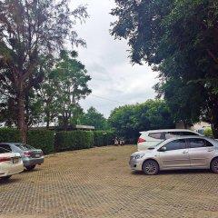Отель Lawana Escape Beach Resort парковка