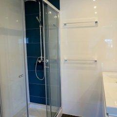 Отель The White House - B&b In The Villa Пешао ванная фото 2
