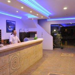 Akdeniz Beach Hotel Турция, Олюдениз - 1 отзыв об отеле, цены и фото номеров - забронировать отель Akdeniz Beach Hotel онлайн интерьер отеля