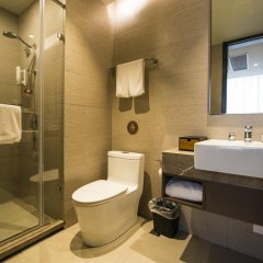 Отель Home Inn Plus West Lake Jiefang Road ванная фото 2