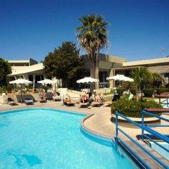 Virginia Hotel бассейн