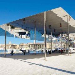Отель Mercure Marseille Centre Vieux Port спортивное сооружение
