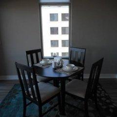 Отель Weichert Suites at Gallery Bethesda США, Бетесда - отзывы, цены и фото номеров - забронировать отель Weichert Suites at Gallery Bethesda онлайн балкон