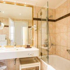 Отель Bülow Residenz Германия, Дрезден - отзывы, цены и фото номеров - забронировать отель Bülow Residenz онлайн ванная фото 2