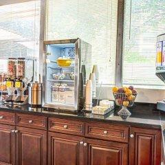 Отель Days Inn Arlington США, Арлингтон - отзывы, цены и фото номеров - забронировать отель Days Inn Arlington онлайн питание фото 2