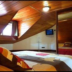 Отель Villa Oramarama - Moorea Французская Полинезия, Папеэте - отзывы, цены и фото номеров - забронировать отель Villa Oramarama - Moorea онлайн сейф в номере