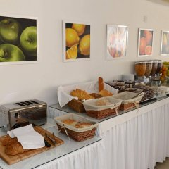Les Palmiers Beach Hotel in Larnaca, Cyprus from 124$, photos, reviews - zenhotels.com meals photo 2
