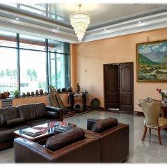 Отель Goris интерьер отеля фото 2