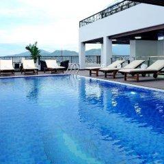 Отель Apus Inn бассейн