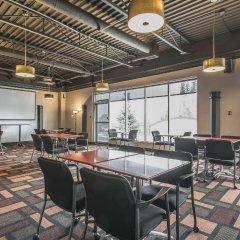 Отель Econo Lodge South Calgary Канада, Калгари - отзывы, цены и фото номеров - забронировать отель Econo Lodge South Calgary онлайн помещение для мероприятий